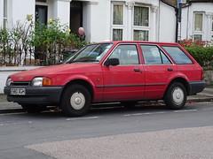 Ford Escort 1.6 GL (Neil's classics) Tags: vehicle wagon estate