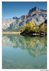 Lac alpin (muriel.schupbach) Tags: murielschupbach valais suisse lac automne couleursautomnales reflet cielbleu derborence