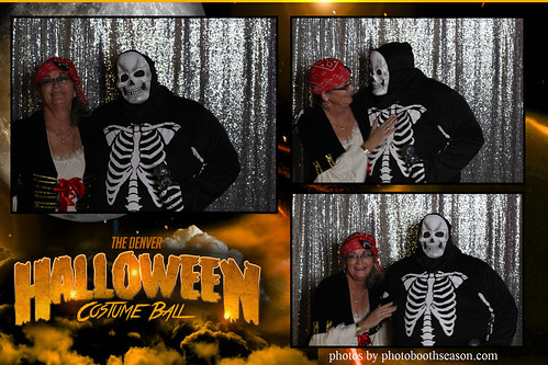 """Denver Halloween Costume Ball • <a style=""""font-size:0.8em;"""" href=""""http://www.flickr.com/photos/95348018@N07/38026336871/"""" target=""""_blank"""">View on Flickr</a>"""