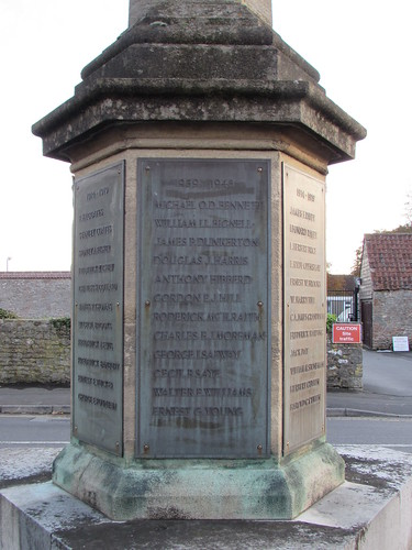 Cheddar: War Memorial (Somerset)