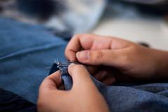 COMAS gleicebueno-8961 (gleicebueno) Tags: upcycling reciclagem textil artesanal handmade autoral comas manual mercadomanual redemanual augustinacomas moda fashion slowfashion hands mãos