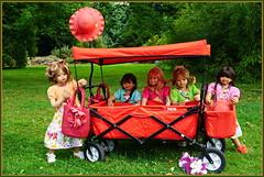 Wir wünschen einen guten Wochenstart ... (Kindergartenkinder) Tags: grugapark essen gruga kindergartenkinder annette himstedt dolls bellis setina margie jinka kindra
