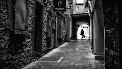 Shopping - Kilkenny, Ireland - Black and white street photography (Giuseppe Milo (www.pixael.com)) Tags: photo kilkenny ireland street streetphotography faceless alley urban city candid black bw photography blackandwhite contrast europe woman white onsale