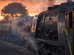MRC2017-66 (Dreaming of Steam) Tags: 6233 46203 46233 duchess duchessofsutherland heritage heritagerailways lms midlandrailwaycentre princesscoronation princesscoronationclass princessmargaretrose princessroyalclass railway stainer steam steamengine sutherland train vintage engine locomotive railroad smoke steamlocomotive