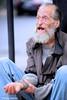 Sans abri (photolenvol) Tags: montreal metropole gens sdf sansabri queteux sansdomicilefixe