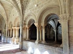 Sala Capitular, Monasterio de Veruela (Eduardo OrtÍn) Tags: monasterio veruela columnas románico zaragoza aragón salacapitular
