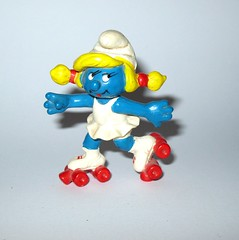 the smurfs 20126 rollerskate smurfette pvc figurine scchleich peyo made in hong kong 1981 a (tjparkside) Tags: smurfs rollerskate smurfette roller skates skate skater 20126 1980 schleich peyo hong kong pvc figure figurine white dress red wheels pigtails blonde boot boots skating regular 1981