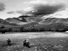 In The Swartberg Mountains (jan-krux photography - thx for 2 Mio+ views) Tags: springbokrally2017 swartbergmountains berge landschaft landscape bw evening olympus em1mkii southafrica westerncape kleine karoo oudtshoorn dehoek motorbikes motorraeder campen camping camp motorcycling touring