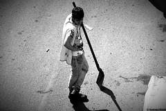 Fatigue (Giancarlo Nuccio) Tags: fujifilm finepix s2500hd hd art artistic palermo italia sicilia italy sicily bianco nero black white giancarlonuccio nerho84 nerho operaio work workers strada streets lavoro fatica sudore fatigue sun sole shadows ombre via people gente lavoratore pala scenery