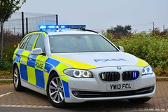 YW13 FCL (S11 AUN) Tags: humberside police bmw 530d touring anpr traffic car rpu roads policing unit 999 emergency vehicle yw13fcl