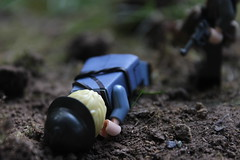 The Hunted (Das_Doodlebug_) Tags: ww1 lego mmcb french stormtrooper luger soldier dirt grass outdoor