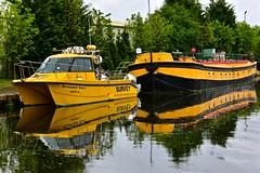 Keadby Cat (Nanny Bean) Tags: keadby workingboats patrolboat survey catamaran yellow