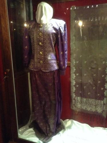 Baju Songket