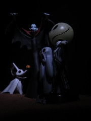 Halloween (MacroMondays) (Espykrelle) Tags: macromondays macro halloween nightmarebeforechristmas october octobre fun jack zero vampire sidelit theme explore hmm timburton