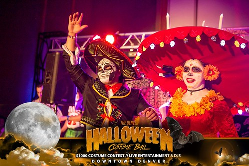 """Halloween Costume Ball 2017 • <a style=""""font-size:0.8em;"""" href=""""http://www.flickr.com/photos/95348018@N07/38077680921/"""" target=""""_blank"""">View on Flickr</a>"""