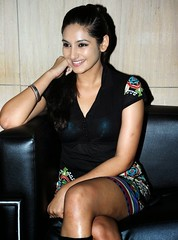 Indian Actress Ragini Dwivedi  Images Set-2 (61)
