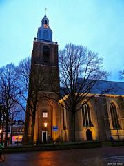 Grote Kerk_00261-imp (John van Rhijn) Tags: grotekerk johnvanrhijn kerk kerktoren markt schemering sonydschx200v twilight vlaardingen