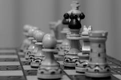 Souvenir - Polish Chess Game HMM! (G. Lang) Tags: macro sonyilce7m2 sonyalpha7ii blackwhite macromondays schachspiel einfarbig poland bw pologne schwarzweis souvenir noiretblanc import16102017 échecs blackandwhite polen monochrome makro chessgame