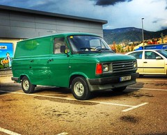 #ford#transit#fordtransit#green#van#classic#retro#vintage#parking#lidl#like4like#likeforlike#like#follow#followme#instagram#instagood#classicvan#photo#photography#catalonia#barcelona#olesa#olesademontserrat#goodnight#hdr#colours (quimserra1) Tags: catalonia iphone6 transit ford van filter hdr colors flickr instagramapp square squareformat iphoneography lofi