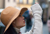 turista a maniche lunghe (g_u) Tags: gu ugo firenze florence persone gente people faccia viso ritratto cappello hat
