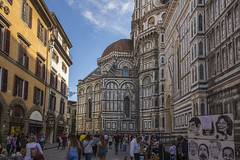The birthplace of the Renaissance (herecomesanothersongaboutmexico) Tags: europetrip2017 italy florence city birthplaceoftherenaissance cathedral duomo tower churches citystreets