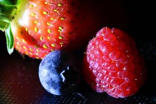 Sidelit fruit - HMM!