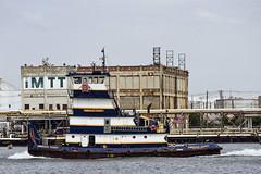 r_170921214_beat0057_a (Mitch Waxman) Tags: killvankull newyorkcity newyorkharbor statenisland tugboat newyork