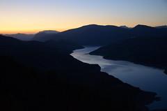 Couchant sur le lac (RarOiseau) Tags: lubaye lacdeserreponçon couchant montagne lac paysage alpesdehauteprovence v2000
