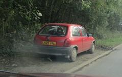 1994 Vauxhall Corsa 1.4LS (occama) Tags: l525vrl vauxhall corsa 14 ls red 1994 old car cornwall uk cornish bangernomics opel 525