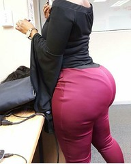 2017-10-12 07.02.50 1623767318507470350_4829977586 (African Queendom) Tags: igbestcakes thickgirlsonly dopesgirlsdopebooty dailybooty instacurvesthecake curvy curvaceous curviestcurves teamcakesuperbadd naija 9janigeria curvyafricangirls africasouthafrica kenya ghana booty africanqueen queendom pictureoftheday