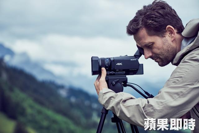 Sony FDR-AX700快速對焦 4K HDR影像攝錄一手掌握