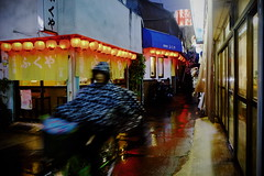 Rainy night_01 (Takashi.Tachi) Tags: