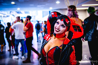 NYCC - Kitty Young as Harley Quinn-2