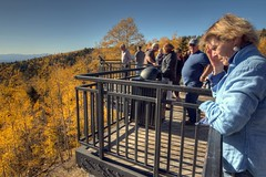 crowd at the overlook (JoelDeluxe) Tags: santafenationalforest nmroad475 fall colors 2017 hdr joeldeluxe