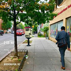 #activetransportation man in distance in full ❤️ arrest. #communityconditions #sdoh #DC 😢