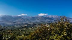 Kreta Weißen Berge (gabimartina) Tags: kreta creta griechenland landschaft natur gebirge weisenberge bäume wolken