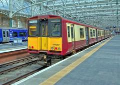 314207 (40011 MAURETANIA) Tags: spte trains railways scotland scotrail class glasgow emu unit electric multiple 314 central roof station