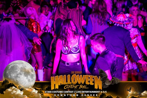 "Halloween Costume Ball 2017 • <a style=""font-size:0.8em;"" href=""http://www.flickr.com/photos/95348018@N07/38077712881/"" target=""_blank"">View on Flickr</a>"