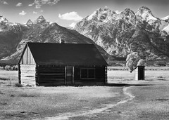 That Cabin That Every Photographer in the Known Universe has Photographed (PamINSeattle) Tags: prairie tetons mountains house abandoned mormoncabin tetonnationalpark pamelagerber