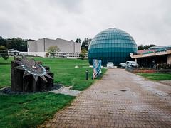 Planetarium (frollein2007) Tags: wob wolfsburg niedersachsen vw volkswagen kdf zonenrandgebiet planetarium müther mütherimwesten theaterimhintergrund 1983
