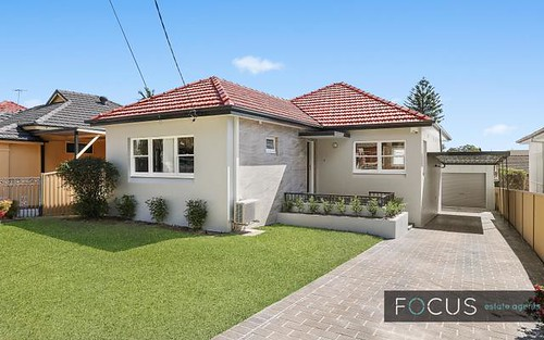 90 Edgbaston Rd, Beverly Hills NSW 2209