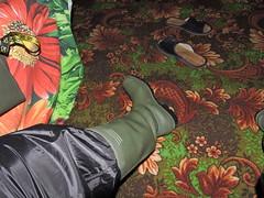 DSCN3423 (Axelweb) Tags: rainwear raincoat pvc shiny wellies rubber boots gas mask plastenky holinky rainsuit rain suit plastic wellington gumboots galoshes gummi gasmask gloves gay lad man guy overalls coveralls boilersuit chemical chemicalsuit wellingtons leather rubberboots latex