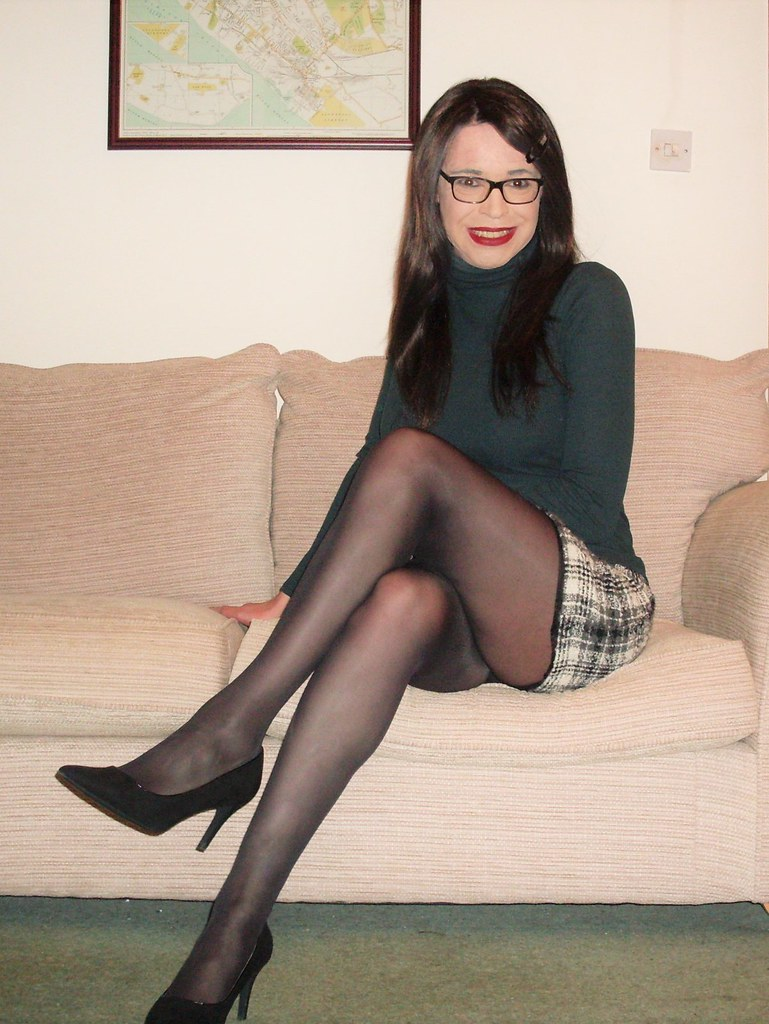 Crossdressers in pantyhose and heels are