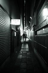 Secret Date (somazeon) Tags: japan m43 lumix panasonic 日本 tottori 大阪 法善寺横丁 osaka bw lovers