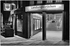 Harte Landung (reloaded) (/RealityScanner/) Tags: leica xu germany deutschland hamburg blue hour st pauli landungsbrücken ubahn subway hvv eingang entrance sw bw street streetphotography