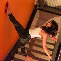 Eprouvettes de Cirque II (glarigno) Tags: cirque circus artist artiste spectacle festival dance dancer danse danseuse toulouse europe europa couleurs couleur colors color colours france woman girl personnes femme people