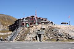 Fuschertörl (2430 m) (Helgoland01) Tags: grosglocknerhochalpenstrase grosglockner österreich alpen alps restaurant salzburg