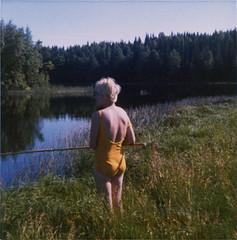 scan092 kopiera 2 (ronniebrottom) Tags: slutet60talet fiske mammainger