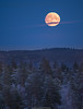 Rising Moon (laurilehtophotography) Tags: jyväskylä kuu syksy suomi finland laajavuori autumn fall moon landscape nature snow forest trees evening nikon d610 nikkor 200500mm amazing europe clouds