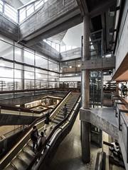 Upstairs (lars_uhlig) Tags: 2017 deutschland germany köln cologne architektur architecture bibliothek library treppenhaus staircase concrete beton brutalism brutalismus gutbrod nrw